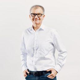 Jan Treu, Partner og økonom
